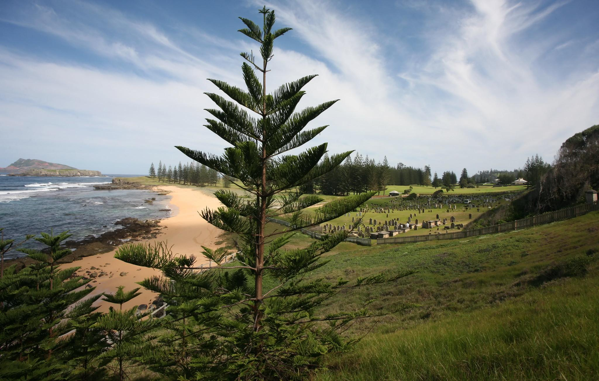 cemetery bay norfolk island