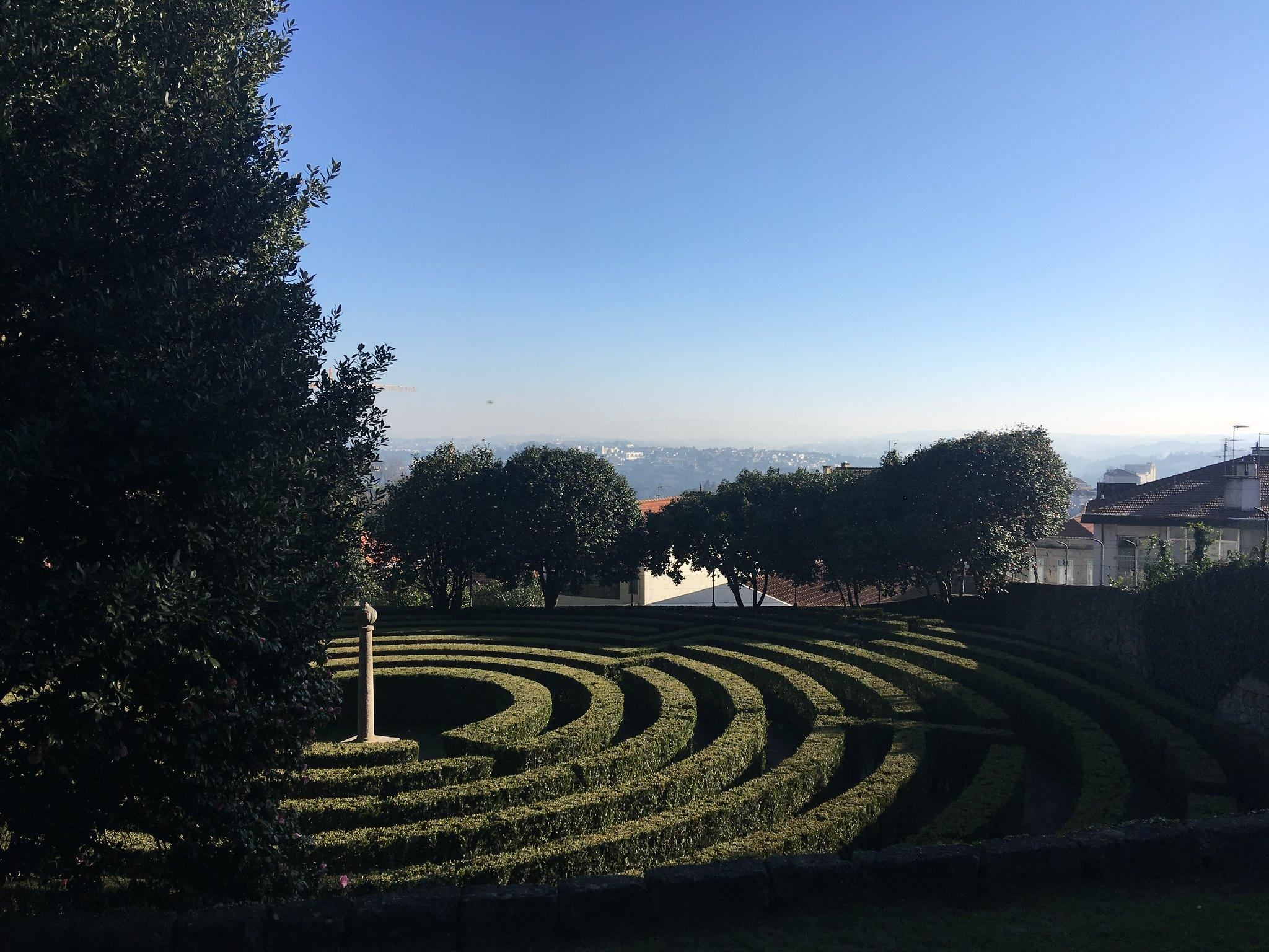 porto portugal parque de sao roque labyrinth